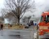 В пригороде Вашингтона на жилой дом упал самолет