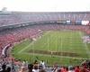 Болельщик разбился насмерть прямо на стадионе
