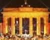Германия приглашает туристов отметить 25-летие падения Берлинской Стены