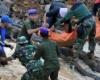 Количество жертв оползней в Индонезии достигло 19