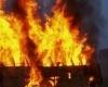 В Индии сгорел автобус с паломниками