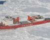 Ледокол,  эвакуировавший  пассажиров с российского судна «Академик Шокальский», сковало  льдами