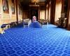 Ужины во дворце королевы Великобритании стоят € 10 млн.