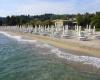 В Кассандра Палас в Греции едут туристы со всего мира