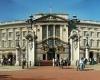 Букингемский дворец будет открыт для посетителей