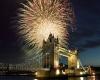 Невероятные фейерверки  Лондона привлекают туристов